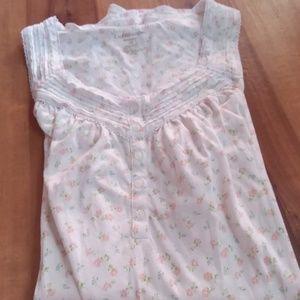 Short sleeveless nightgown